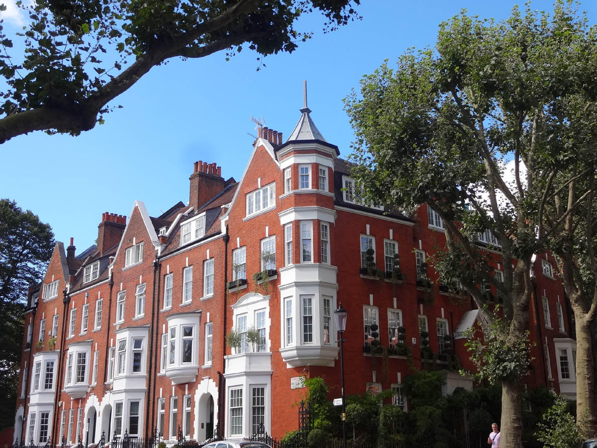 Large flats for sale central London, luxury flats for sale Kensington, South Kensington, Knightsbridge